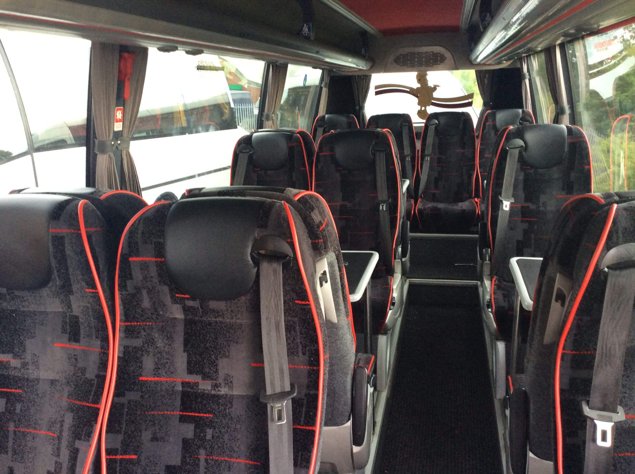 16 Seater Executive Coach (2)